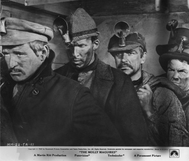 the-molly-maguires-original-movie-still-n02-8x10-in-1970-martin-ritt-sean-connery